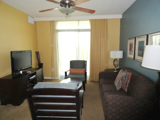 Wyndham Vacation Resorts At National Harbor: Living Room