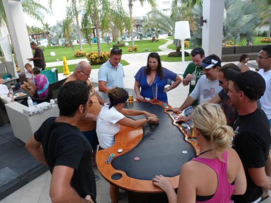 Secrets Silversands Riviera Cancun: poker holdem