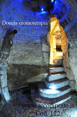 Arco di Prato Services: Appartamento Schiavone - Doccia cromoterapia - cod. 129