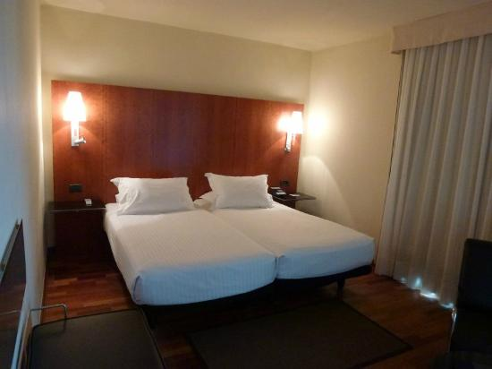 AC Hotel La Linea: Twin bed