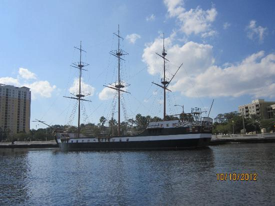 Hillsborough River: The Jose Gaspar pirate ship