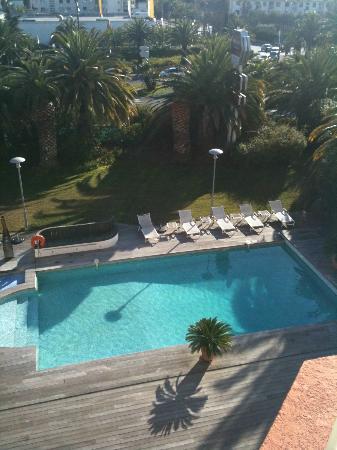 Mercure Hyeres Centre Hotel : Vue de la terrasse de la chambre