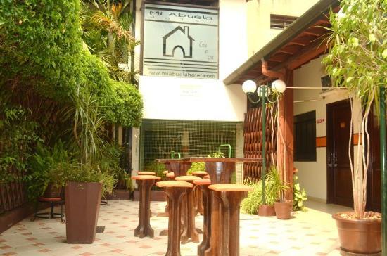 Hotel Mi Abuela