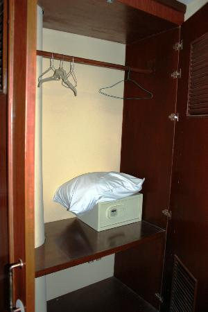 โรงแรมซิลเวอร์ ริเวอร์: Cassaforte