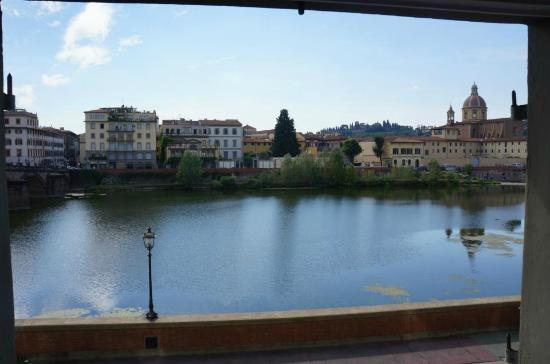 Residenza Vespucci: Daytime view from one of our windows