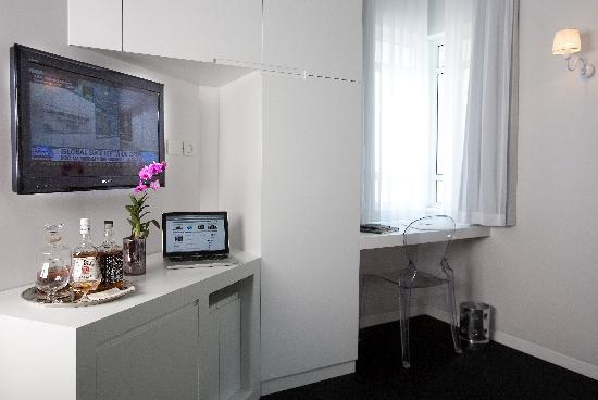 Gordon Hotel & Lounge: The rooms