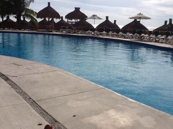 Occidental Cozumel: main pool