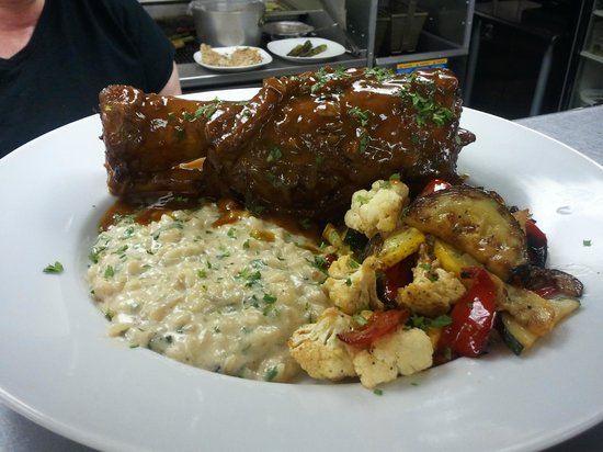 Fred's Place : Short Ribs