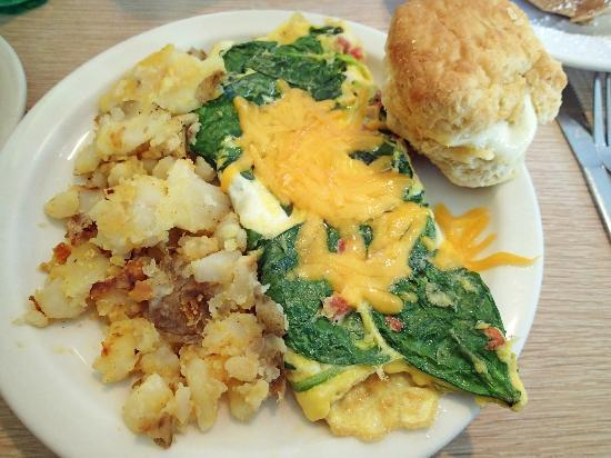 The Townhouse Restaurant: make my own omelet of spinach, tomato and cheddar