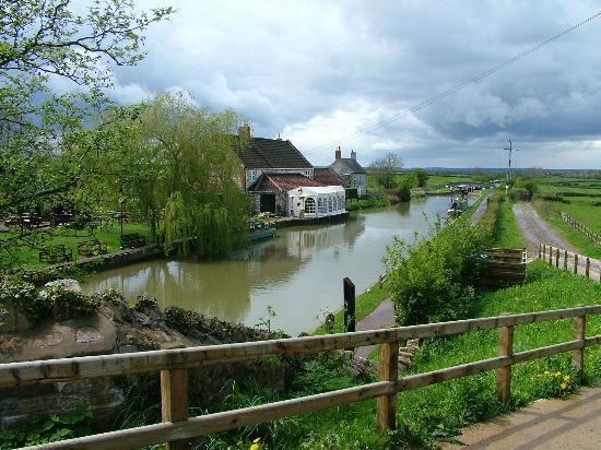 Kennet & Avon Canal: Seend