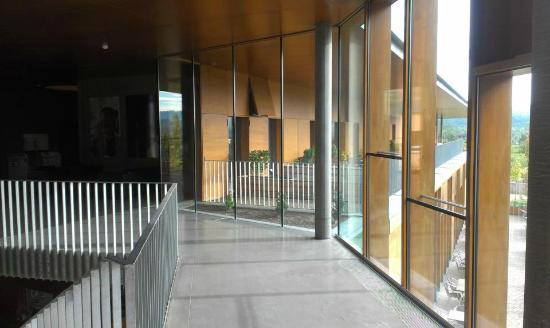 Youth Hostel Remerschen: hall upstairs