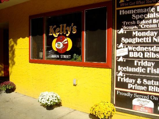 Kelly's: Front of the Restaurant