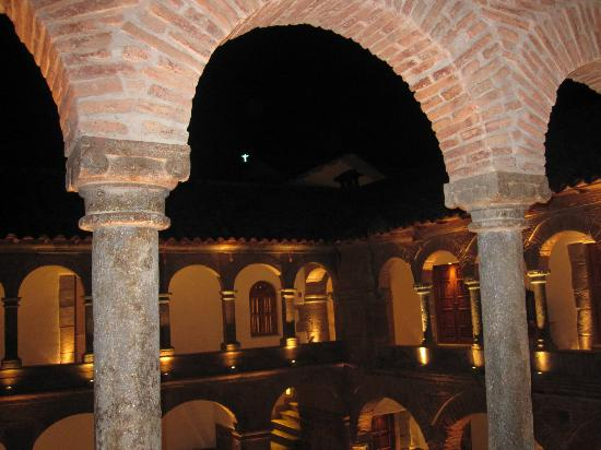 Inkaterra La Casona: View into courtyard from our room at night.