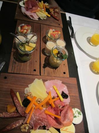 Hollmann Beletage: petit dejeuner