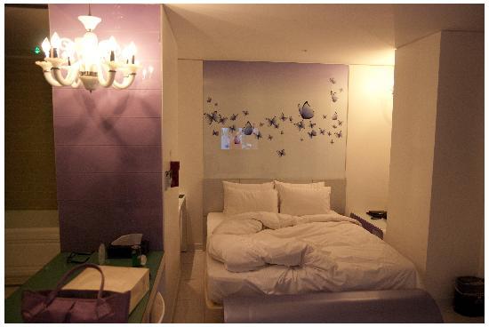 Benikea Hotel Acacia: 雙人床