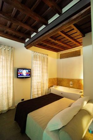 Sunset Roma Guest House & Suite: Rooms, Suite and Flats in the herat of Rome