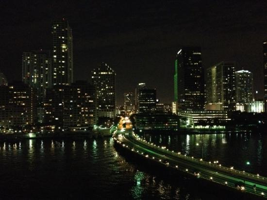 Mandarin Oriental, Miami: Miami night skyline from my balcony