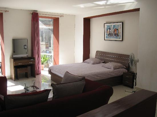 Hotel De La Pergola: Suite junior côté chambre
