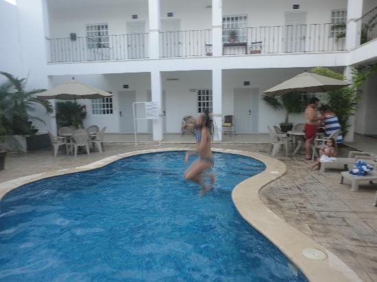 Hotel Maria Jose: Al agua patos¡¡¡