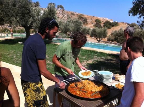 Kamaroti Suites Hotel: the best paella...