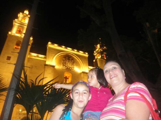 Hotel Maria Jose: Catedral d Mérida.