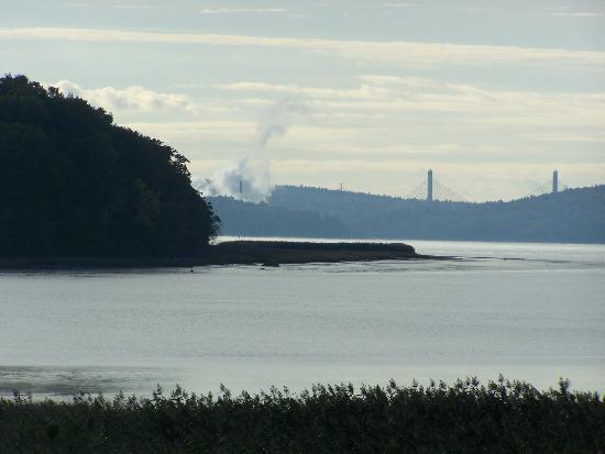 De Winterport, vue panoramique sur rivière Penobscot et Narrows Bridge