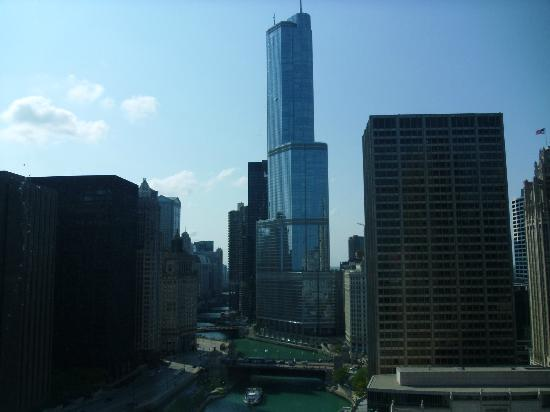view picture of sheraton grand chicago chicago. Black Bedroom Furniture Sets. Home Design Ideas