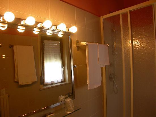 Hotel il Roscio: bagno
