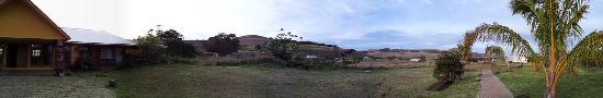 Cabanas Rapa Nui Orito : panorama of garden