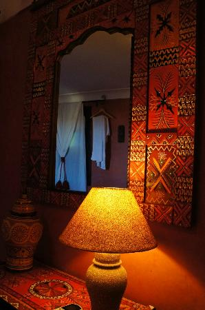 Riad Andalla: Inside the room
