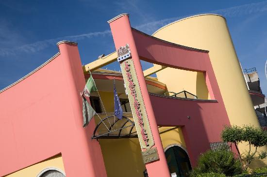 Hotel Lo Scacciapensieri: Esterno