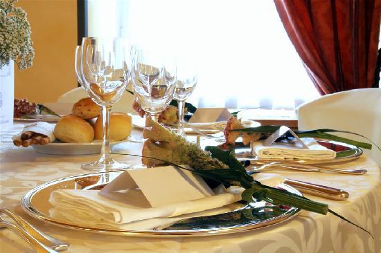 Hotel Lo Scacciapensieri: Restaurant