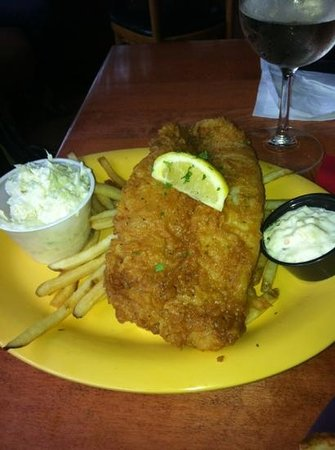 The Silver Moon: Fish and chips...yum!