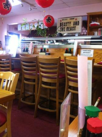 Nori Thai & Sushi: Nice sushi area