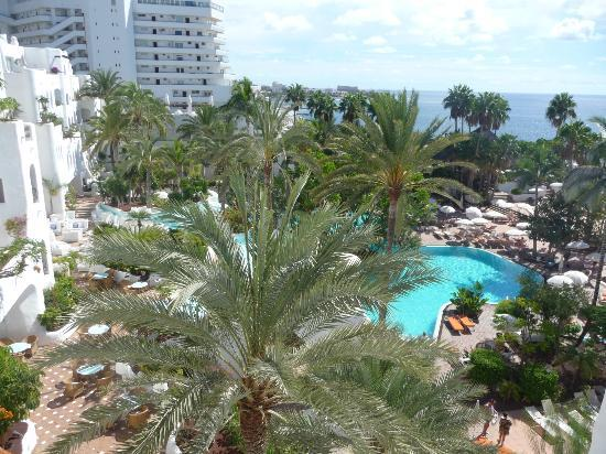 Lovely view from room picture of hotel jardin tropical for Jardin tropical