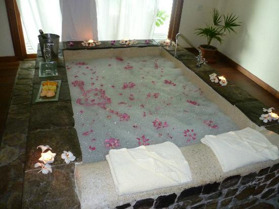 Kuramathi Island Resort: The herbal bath