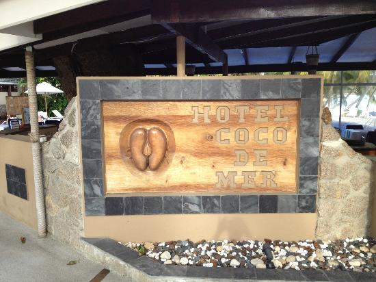 Coco de Mer - Black Parrot Suites : Hotel entrance