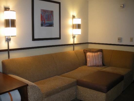 Hyatt Place UC Davis: Roomy Seating Area