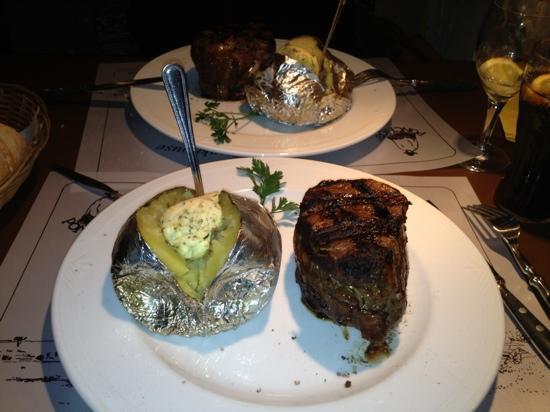 Steakhouse Ponchos: filetsteak da panico!