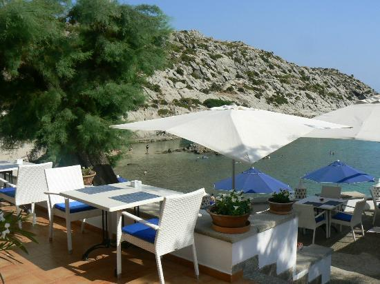 Hoposa Niu Hotel: Lovely terrace for breakfast and dinner