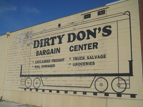 Raytown, MO: This was previously in the west exterior wall of Dirty Don's but has since been painted over.