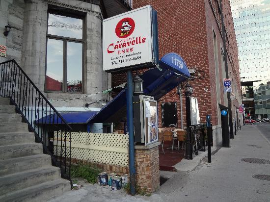 Restaurant caravelle montreal 1175a crescent st centre for Piscine exterieur montreal