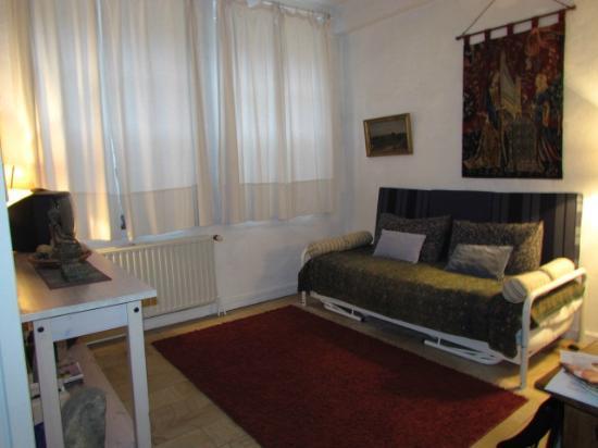 Dieltiens Gastenkamers Guestrooms: Studio apartment - living/bedroom