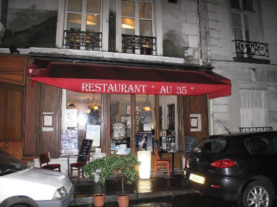 au 35 rue jacob: Entrance to au 35 on rue Jacob