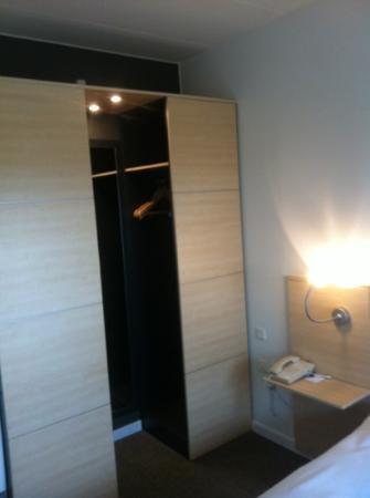 Radisson Blu Papirfabrikken Hotel, Silkeborg: room / closet