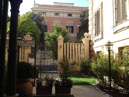 Easy Wifi Access Picture Of Rose Garden Palace Rome Tripadvisor