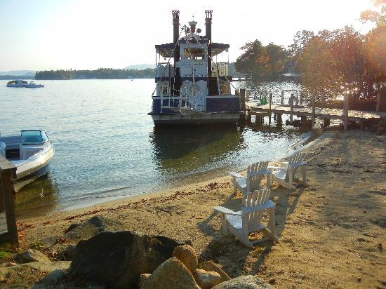 The Wolfeboro Inn: Small beach area