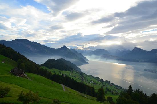Hotel Villa Honegg: Lake