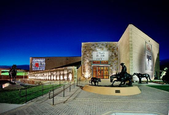 Amarillo, TX : Exterior of American Quarter Horse Hall of Fame & Museum