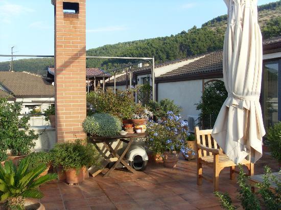 Bed & Breakfast MontAlbano: the balcony